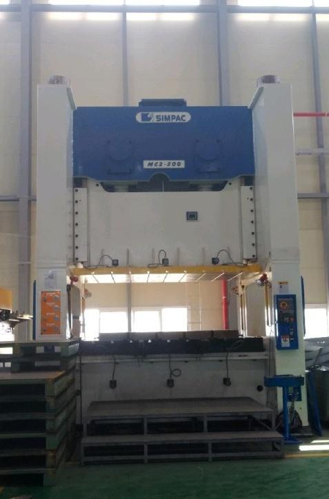 Used Simpac 500 ton Solid-Frame Double Crank Press MC2-500